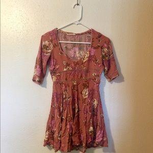 Rosa 90s Dress